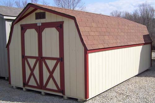 Mini barn by Yoder Building Company